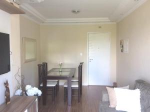 Apartamento reformado com 2 dormitórios Vila Mangalot, VILA GUEDES